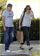 Mandy Moore at Little Dom�s in Los Feliz 10/11/11