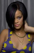 http://img271.imagevenue.com/loc578/th_752422312_Rihanna_PontusHookPhotoshoot_122_578lo.jpg